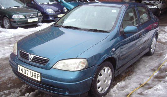 Vauxhall Astra Blue 1.6 Ltr 5 Door 2001